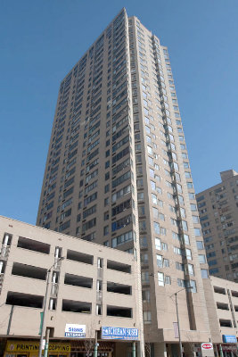 260 queens quay waterfront condos for sale